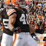 Cleveland Browns running back Peyton Hillis celebrates a two-yard touchdown run in the first quarter of an NFL football game against the New England Patriots, Sunday, Nov. 7, 2010, in Clevel ...