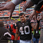 Cleveland Browns running back Peyton Hillis is congratulated by fans after the Browns' 34-14 win over the New England Patriots in an NFL football game  Sunday, Nov. 7, 2010, in Cleveland. Hi ...