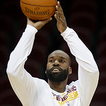 Cleveland Cavaliers' Baron Davis warms up before playing the Philadelphia 76ers in an NBA basketball game on Sunday, Feb. 27, 2011, in Cleveland. (AP Photo/Tony Dejak)