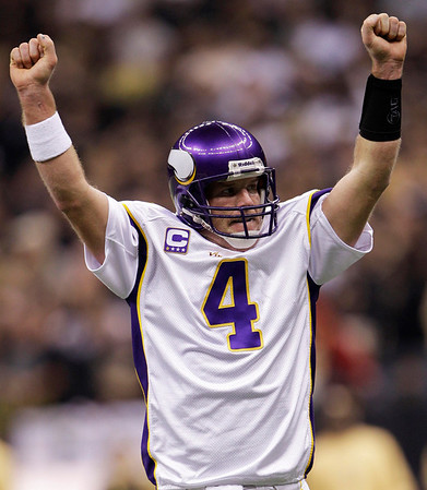 brett favre vikings celebrating. Brett+favre+vikings+