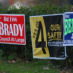 Election signs on Gateway Blvd. Nov. 3.  Steve Manheim