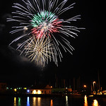 July Fourth fireworks Wednesday night in Lorain. (CT photo by Rona Proudfoot.)