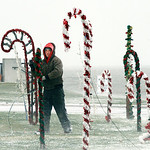 Ed Quarick, groundskeeper at Lakeview Park in Lorain, gathers in the Christmas decorations Monday afternoon. Photo by Tom Mahl