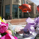 A memorial to Officer Jim Kerstetter soon sprung up outside the police station.