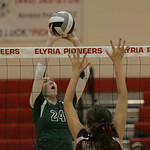EC&#039;s Brooke Nedrich and Stephanie Mims of Wellington defending.