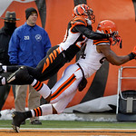 Cleveland Browns tight end Robert Royal (84) catches a 20-yard touchdown pass against Cincinnati Bengals cornerback Leon Hall (29) in the first half of an NFL football game, Sunday, Dec. 19, …