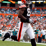 Cleveland Browns tight end Benjamin Watson (82) runs in for a touchdown in the third quarter during an NFL football game against the Miami Dolphins in Miami, Sunday, Dec. 5, 2010. (AP Photo/ …