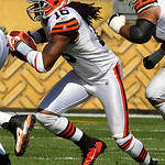 Cleveland Browns receiver Joshua Cribbs (16) runs out of the wildcat formation during the first quarter of an NFL football game against the Pittsburgh Steelers in Pittsburgh, Sunday, Oct. 17 &#8230;