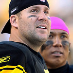 Pittsburgh Steelers quarterback Ben Roethlisberger, left, and receiver Hines Ward watch a replay during the fourth quarter of an NFL football game in Pittsburgh, Sunday, Oct. 17, 2010. The S …