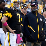 Pittsburgh Steelers quarterback Ben Roethlisberger (7) stands with coach Mike Tomlin after throwing a touchdown pass to Heath Miller in the fourth quarter of an NFL football game against the &#8230;
