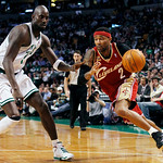 Cleveland Cavaliers' Mo Williams (2) drives past Boston Celtics' Kevin Garnett in the third quarter of an NBA basketball game, Thursday, Feb. 25, 2010, in Boston. The Cavaliers won 108-88. ( …