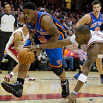 New York Knicks guard Bill Walker, left, loses control of the ball under pressure from Cleveland Cavaliers forward Antawn Jamison in the second quarter in an NBA basketball game Monday, Marc …