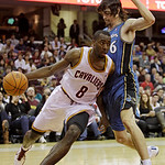 Cleveland Cavaliers guard Christian Eyenga (8), from Congo, drives past Washington Wizards forward Adam Morrison in the second quarter of an NBA preseason basketball game Thursday, Oct. 7, 2 …