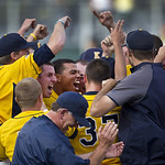 Kent State celebrates their 3-2  win over Oregon in an NCAA Super Regional Monday June 11, 2012  to advance to the College World Series.(AP Photo/The Oregonian,  Ross William Hamilton )