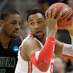Loyola of Maryland&#039;s Shane Walker, left, guards Ohio State&#039;s Jared Sullinger during the first half of an NCAA tournament second-round college basketball game in Pittsburgh, Thursday, March 1 &#8230;