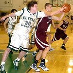 3-2-10 linda murphy</p> <p>EC&#039;s #30 Conor Voreis fight RR&#039;s #3 Nate Kopechek for the ball.
