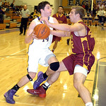 Avon's Zach Torbert tries to work past Avon Lake's Brad Hamilton. LINDA MURPHY/CHRONICLE