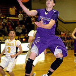 Vermilion's Kyle Nader goes up for a basket. LINDA MURPHY/CHRONICLE