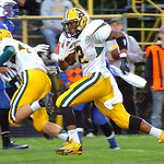 9-13-13 linda murphy</p><p>amherst&#039;s #2 Donte Dower runs for long yardage down the side lines.