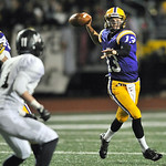Avon quarterback Tommy Glenn scrambles in the second quarter. DAVID RICHARD / CHRONICLE