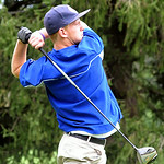 Midview's Justin Quarm tees off. STEVE MANHEIM/CHRONICLE