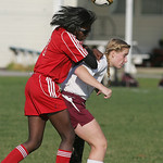 Oberlin's Adesina Odiduro, left, and Wellington's Brittany Mariast.