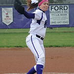 Keystone's Lauren Shaw pitches. STEVE MANHEIM/CHRONICLE