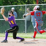 Avon's Rachael Poling makes a catch to get Elyria's Dierra Hammons out. ANNA NORRIS/CHRONICLE