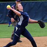 Lorain's Kristen DiBernado makes a throw. STEVE MANHEIM/CHRONICLE
