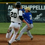 Lucas Raley outruns the ball at second. AMANDA K. RUNDLE/CHRONICLE