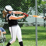 Riley Zana of Elyria hits a single for Ohio Outlaws Silver.  STEVE MANHEIM/CHRONICLE