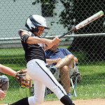 Autumn Accord of Lagrange hits a sacrifice RBI for Ohio Outlaws Silver against Ohio Stingrays. STEVE MANHEIM/CHRONICLE