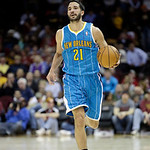 New Orleans Hornets' Greivis Vasquez, from Venezuela, briings the ball up against the Cleveland Cavaliers in an NBA basketball game Wednesday, Feb. 20, 2013, in Cleveland. (AP Photo/Mark Dun …