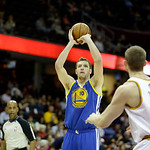 Golden State Warriors' David Lee (10) shoots against the Cleveland Cavaliers in an NBA basketball game Tuesday, Jan. 29, 2013, in Cleveland. (AP Photo/Mark Duncan)