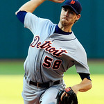 Detroit Tigers starting pitcher Doug Fister delivers in the first inning of a baseball game against the Cleveland Indians, Tuesday, July 24, 2012, in Cleveland. (AP Photo/Tony Dejak)