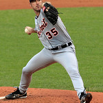 Detroit Tigers starting pitcher Justin Verlander delivers in the first inning in a baseball game against the Cleveland Indians, Thursday, July 26, 2012, in Cleveland. (AP Photo/Tony Dejak)