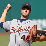 Detroit Tigers starter Rick Porcello pitches in the first inning of a baseball game against the Cleveland Indians, Sunday, Sept. 16, 2012, in Cleveland. (AP Photo/Tony Dejak)
