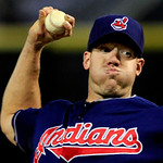 Cleveland Indians starting pitcher Zach McAllister throws against the Chicago White Sox during a baseball game, Monday, Sept. 24, 2012, in Chicago. (AP Photo/John Smierciak)