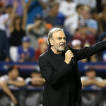 "Neil Diamond sings ""Sweet Caroline"" during the eighth inning of the MLB All-Star baseball game, on Tuesday, July 16, 2013, in New York. (AP Photo/Matt Slocum)"