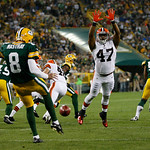 Cleveland Browns' Craig Robertson tries to block a punt during the first half of a preseason NFL football game against the Green Bay Packers Thursday, Aug. 16, 2012, in Green Bay, Wis. (AP P …