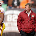 Washington Redskins head coach Mike Shanahan watches his team warm up before an NFL football game against the Cleveland Browns Sunday, Dec. 16, 2012, in Cleveland. (AP Photo/Mark Duncan)