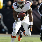 Cleveland Browns running back Trent Richardson (33) runs against the Oakland Raiders during the first quarter of an NFL football game in Oakland, Calif., Sunday, Dec. 2, 2012. (AP Photo/Tony …