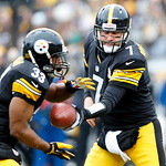 Pittsburgh Steelers quarterback Ben Roethlisberger (7) hands off to running back Isaac Redman (33) in the first quarter of the NFL football game, Sunday, Dec. 30, 2012 in Pittsburgh. (AP Pho …