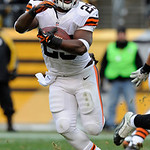 Cleveland Browns running back Brandon Jackson (29) carries the ball against the Pittsburgh Steelers during the third quarter of an NFL football game on Sunday, Dec. 30, 2012, in Pittsburgh.  …
