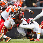 Cleveland Browns running back Trent Richardson (33) runs the ball against the Kansas City Chiefs during an NFL football game in Cleveland, Sunday, Dec. 9, 2012. (AP Photo/Rick Osentoski)