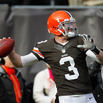Cleveland Browns quarterback Brandon Weeden warms up before the Browns play the Pittsburgh Steelers in an NFL football game Sunday, Nov. 25, 2012, in Cleveland. (AP Photo/Tony Dejak)