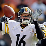 Pittsburgh Steelers quarterback Charlie Batch warms up before an NFL football game against the Cleveland Browns Sunday, Nov. 25, 2012, in Cleveland. (AP Photo/Mark Duncan)