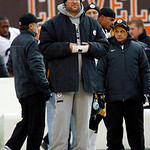 Pittsburgh Steelers quarterback Ben Roethlisberger watches from the sideline during an NFL football game against the Cleveland Browns Sunday, Nov. 25, 2012, in Cleveland. (AP Photo/Tony Deja …