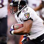 Baltimore Ravens running back Ray Rice runs eight yards for a touchdown against the Cleveland Browns in the first quarter of an NFL football game in Cleveland, Sunday, Nov. 4, 2012. (AP Phot …
