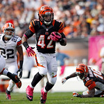 Cincinnati Bengals running back BenJarvus Green-Ellis breaks away from the Cleveland Browns in the second quarter of an NFL football game Sunday, Oct. 14, 2012, in Cleveland. (AP Photo/Scott …